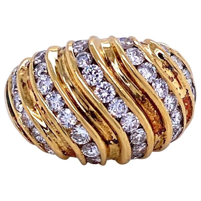 Diamond Swirl Dome Ring 1.55 Carat 18 Karat Yellow Gold For Sale