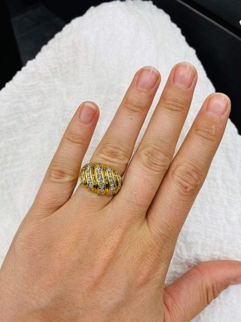 Diamond Swirl Dome Ring 1.55 Carat 18 Karat Yellow Gold For Sale 2
