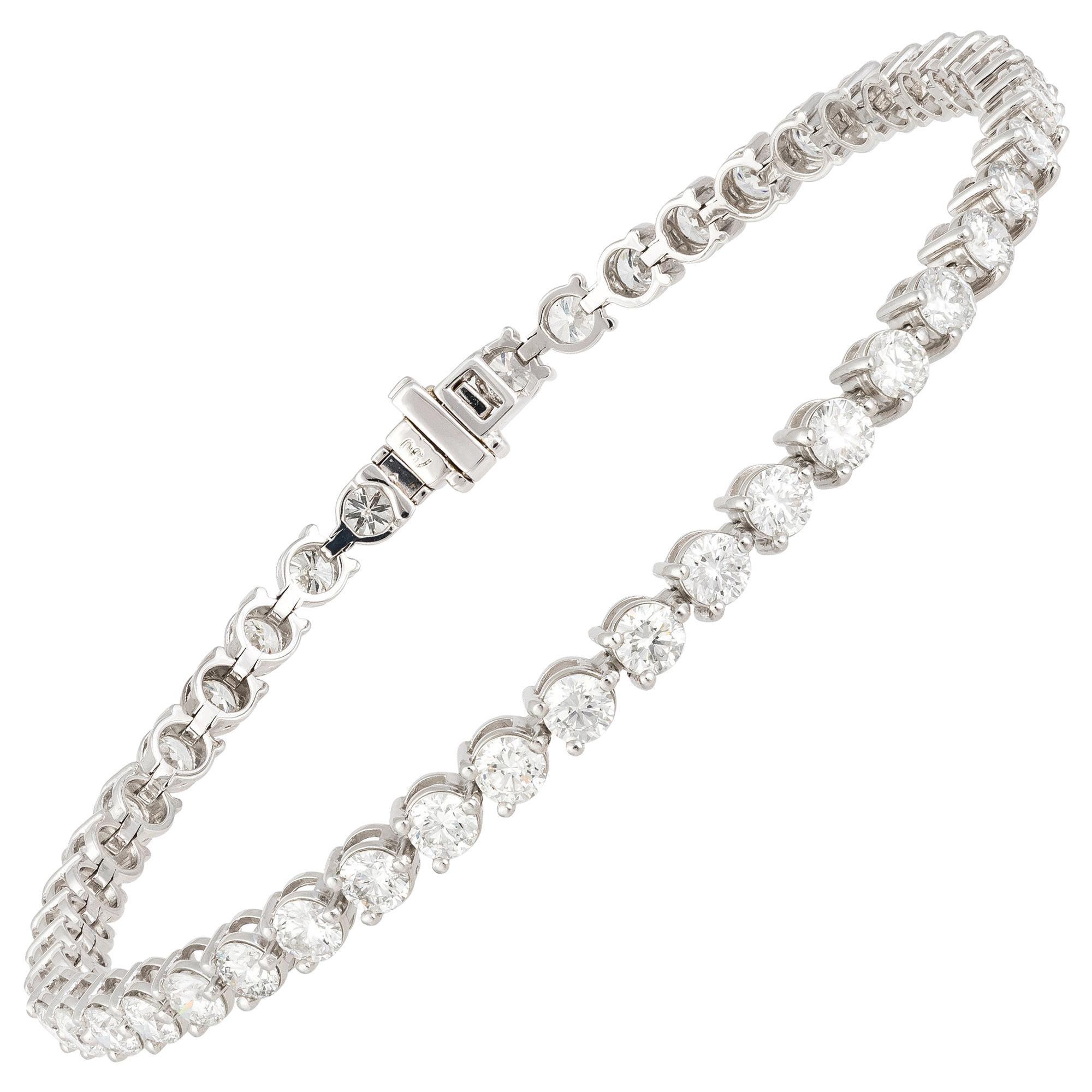 Diamond Tennis Bracelet 18 Karat White Gold Diamond 4.85 Carat/46 Pieces