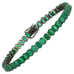 Diamond Tennis Bracelet 18 Karat White Gold Emerald 19.16 Carat/47 Pieces