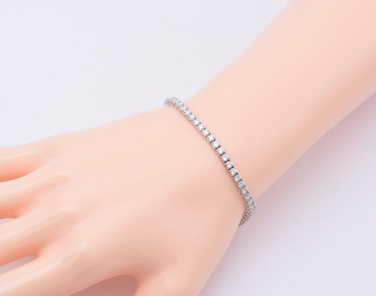 Round Cut Diamond Tennis Bracelet 3.00 Carat For Sale