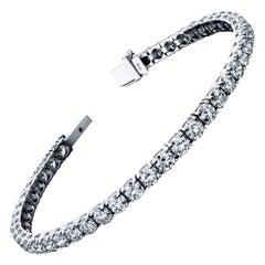 Diamond Tennis Bracelet 8.76 Carat DEF Color VS2 GIA Certified 18 Karat Gold