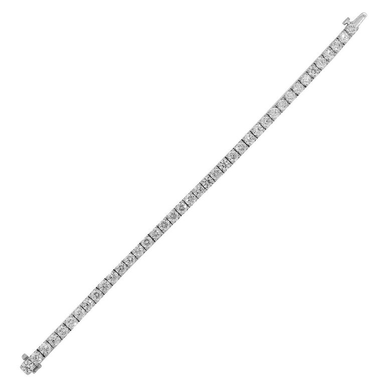 Diamond Tennis Bracelet In New Condition For Sale In Boca Raton, FL