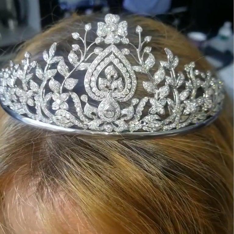 Round Cut Diamond Tiara For Sale