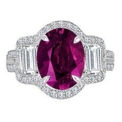 Diamond Town 2.84 Carat Oval Cut Raspberry Garnet Ring in 18k White Gold