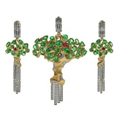Diamond Tsavorite 18 Karat Yellow Gold Eden Tree Suite