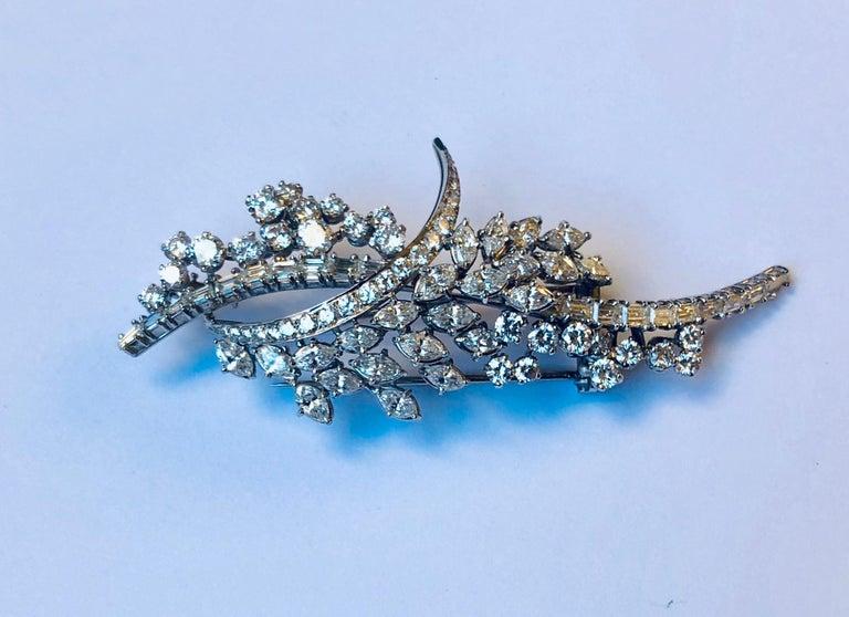 Women's Diamond Van der Veken High Jewelry Brooche For Sale