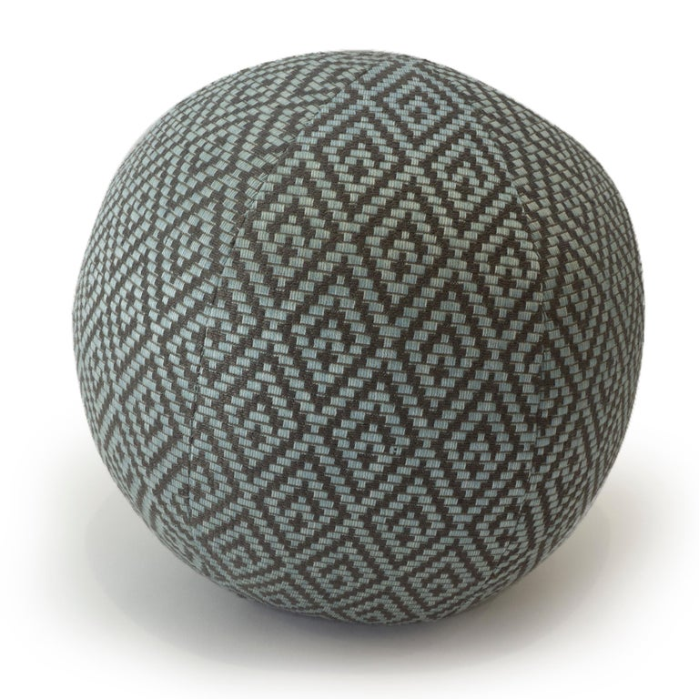 American Diamond Weave Round Ball Pillow For Sale