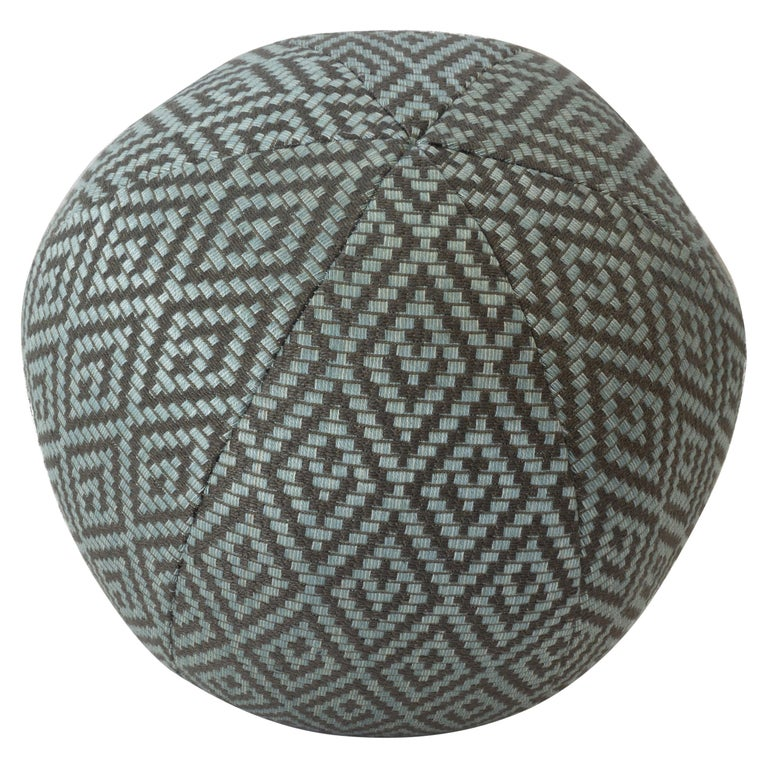 Diamond Weave Round Ball Pillow For Sale