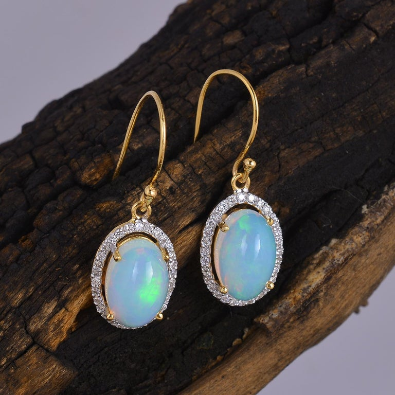 Diamond with Opal Gold Earring In New Condition For Sale In jaipur, IN