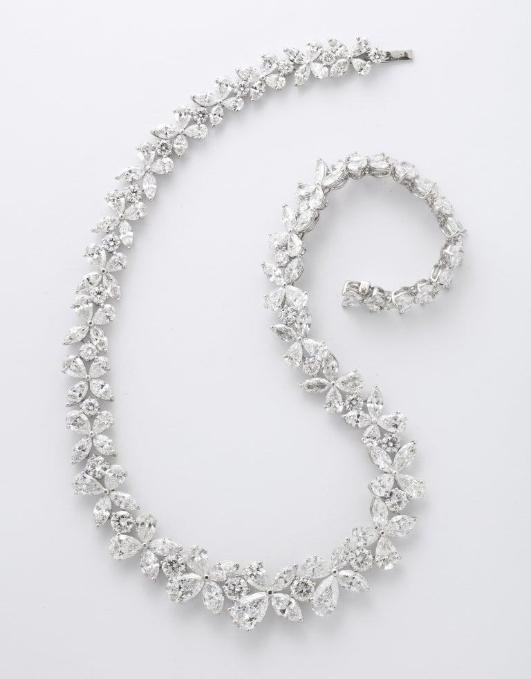 Diamond Wreath Necklace For Sale 1