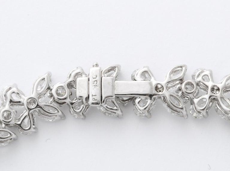 Diamond Wreath Necklace For Sale 4