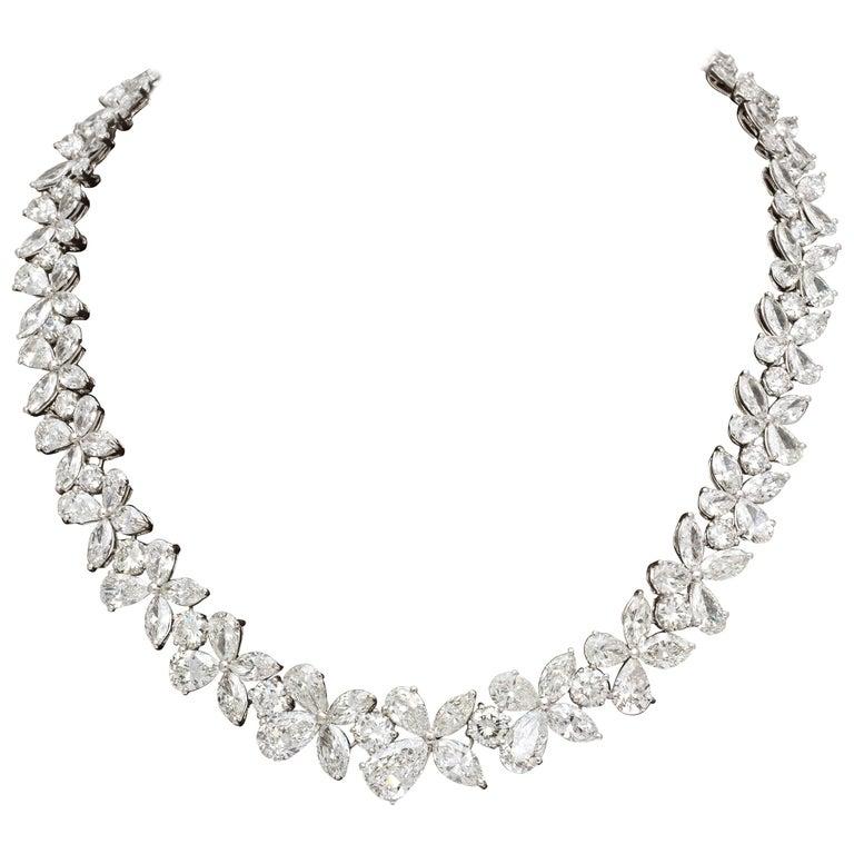 Diamond Wreath Necklace For Sale