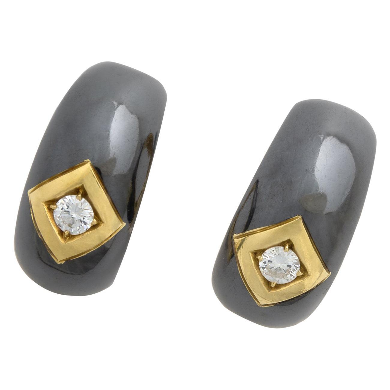 Diamond Yellow and Blacken Gold 18 Karat Earclips