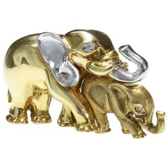 Diamond Yellow and White Gold Mother and Cub Elephants Brooch