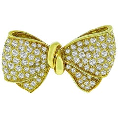 Diamond Yellow Gold Bow Pin