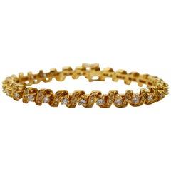 Diamond  18 Karat Yellow Gold Tennis Bracelet
