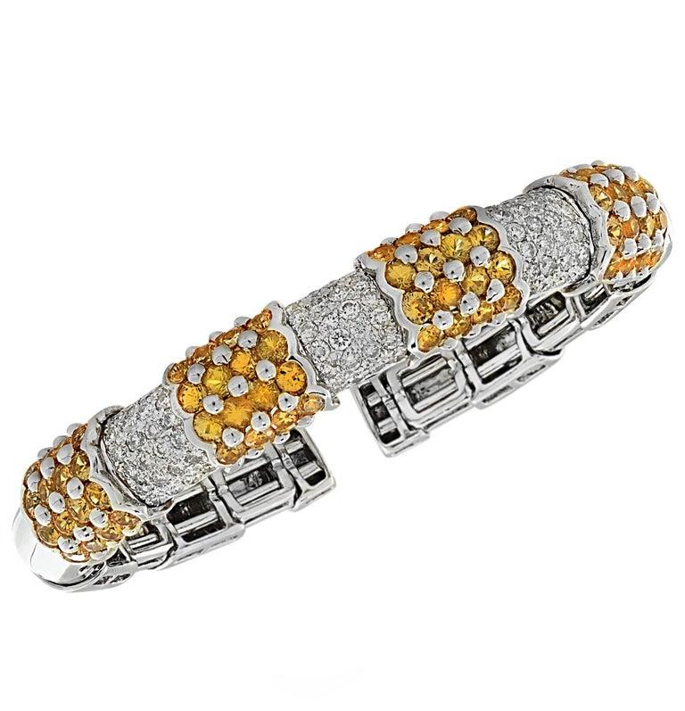 Diamond and Yellow Sapphire Bangle Bracelet In Good Condition In Miami, FL