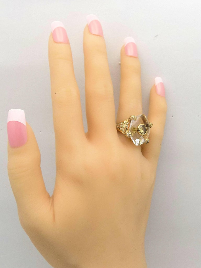 Women's Diamond, Quartz and Yellow Gold Ring For Sale