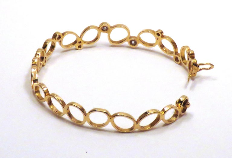 18Kt Rose Gold Diamonds Bracelet Hand Crafted in Italy by Botta Gioielli For Sale 2