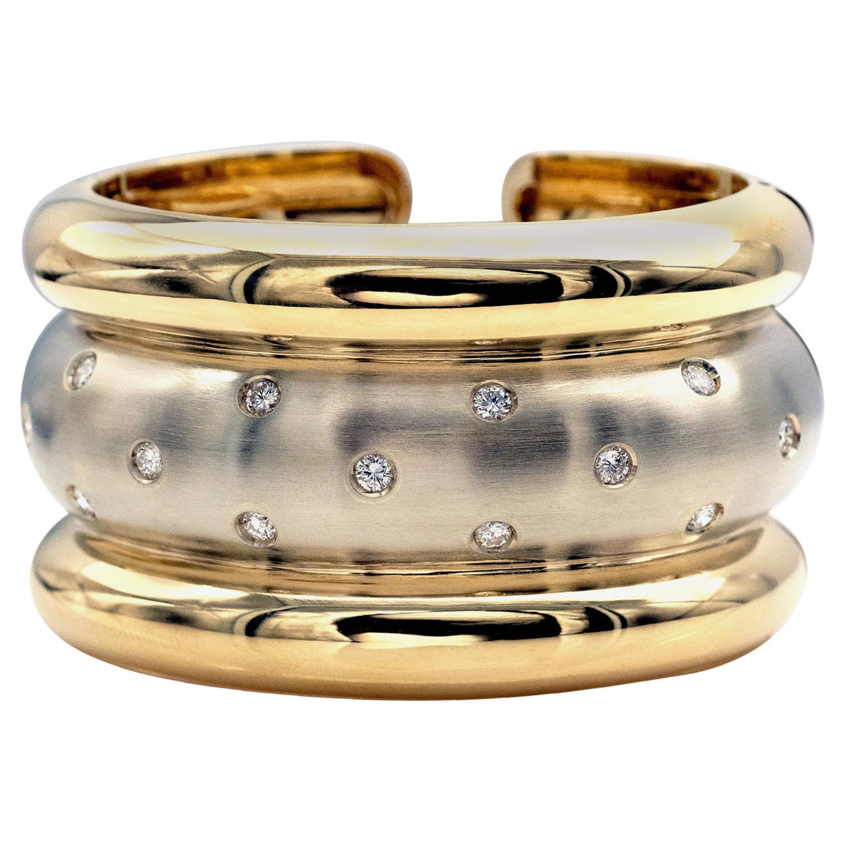 Diamonds 18 Karat Gold Cuff Bracelet