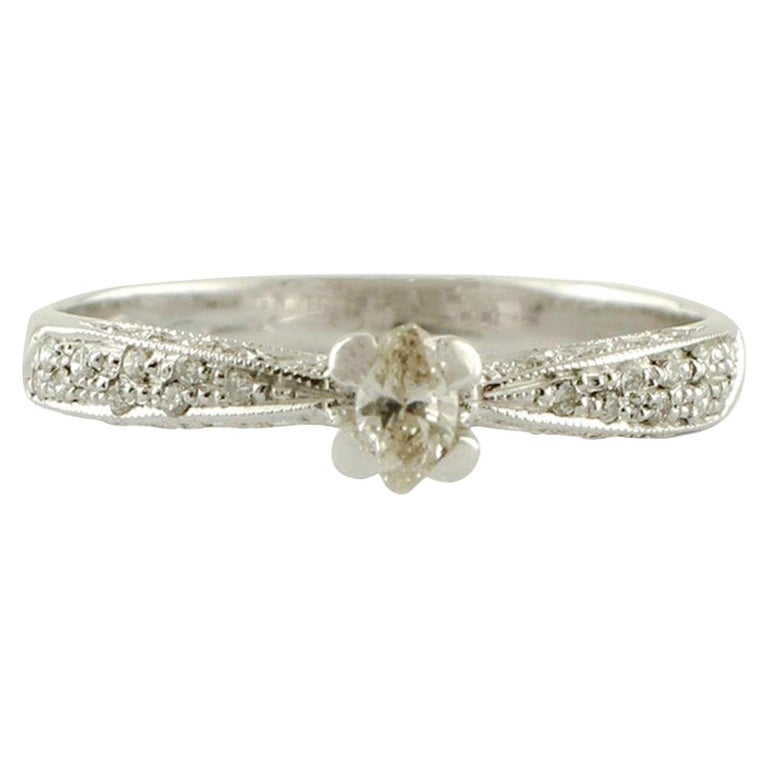 Diamonds, 18 Karat White Gold Solitary Ring For Sale