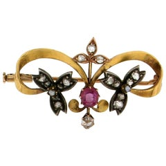 Diamonds 18 Karat Yellow Gold Ruby Brooch