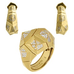 Diamonds 18 Karat Yellow Matte Gold Geometry Big Suite