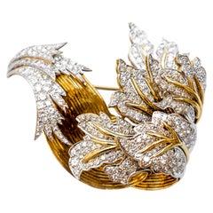 Diamonds 9.5 Carat Italian Made Brooch 18 Karat Gold Platinum