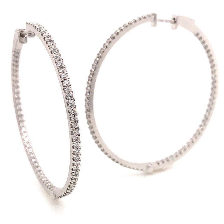 Contemporary Diamonds and White Gold 18 Karat Hoop Earrings For Sale