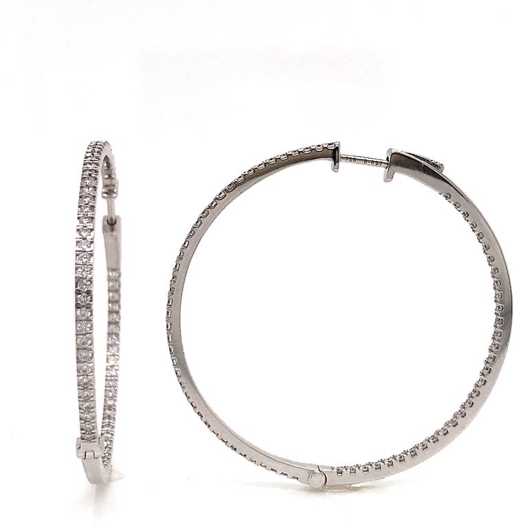 Diamonds and White Gold 18 Karat Hoop Earrings In New Condition For Sale In Vannes, FR