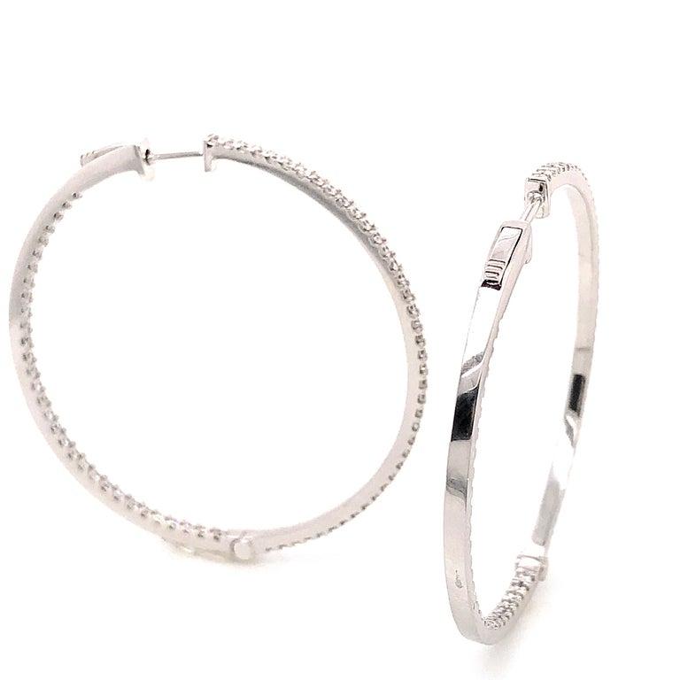 Women's or Men's Diamonds and White Gold 18 Karat Hoop Earrings For Sale