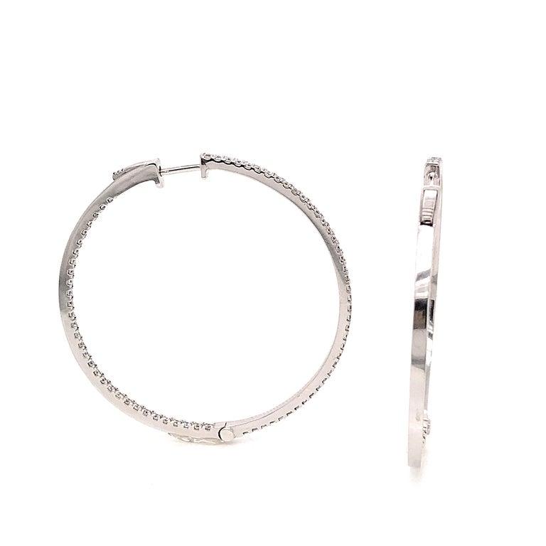 Diamonds and White Gold 18 Karat Hoop Earrings For Sale 1