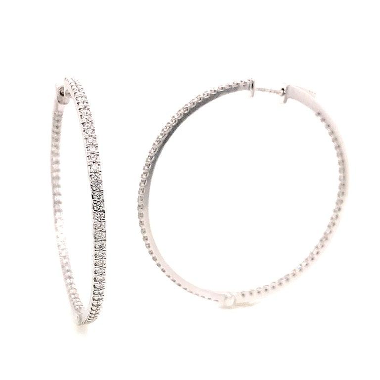 Diamonds and White Gold 18 Karat Hoop Earrings For Sale 3