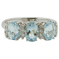 Diamonds, Aquamarine, 18 Karat White Gold Ring