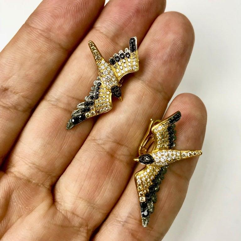 Round Cut Diamonds Black Sapphire 18 Karat Yellow Gold Seagull Earrings For Sale