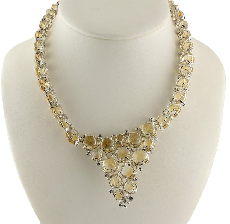 Diamonds Blue Sapphires Topazes White Gold Necklace In Good Condition For Sale In Marcianise, Caserta