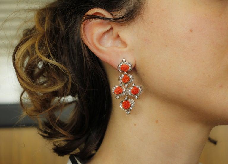 Diamonds, Red Coral Flowers, 14 Karat White Gold Retrò Dangle Earrings For Sale 2