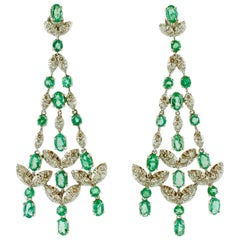 Diamonds, Emeralds, 14 Karat White Gold Retrò Chandelier Earrings
