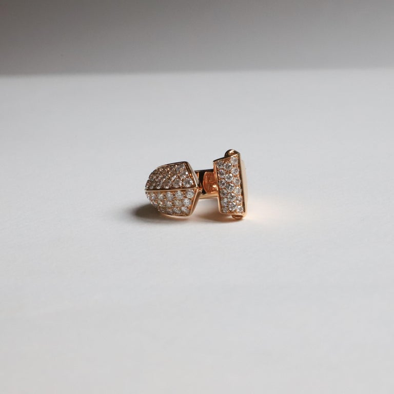 1.70 Karat White Diamonds 18 Karat Rose Gold Design Ring Cocktail Ring In New Condition For Sale In Rome, IT
