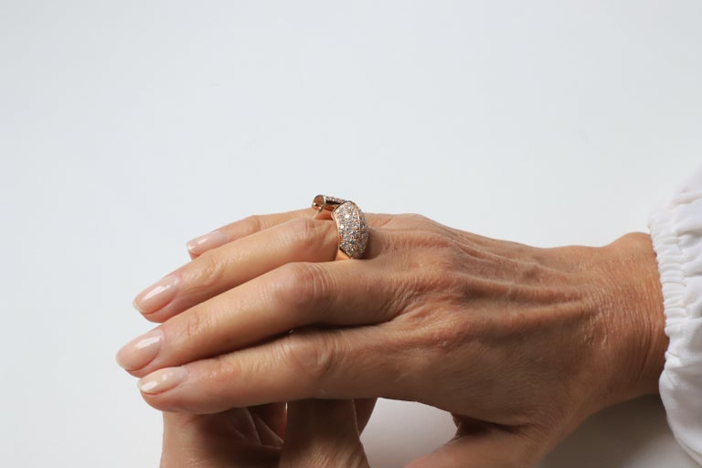 1.70 Karat White Diamonds 18 Karat Rose Gold Design Ring Cocktail Ring For Sale 1