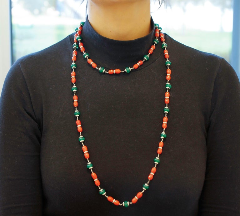 Diamonds, Onyx, Green Agate, Red Coral, White Gold Link/Multi-Strand Necklace In Good Condition For Sale In Marcianise, Caserta