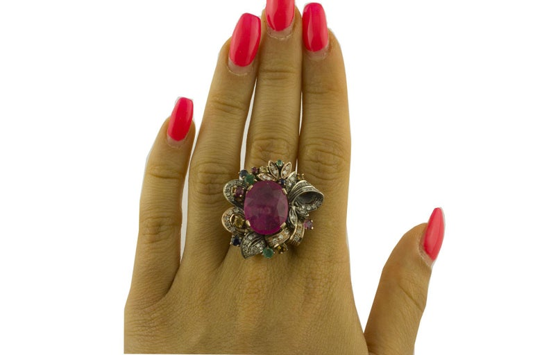 Diamonds Rubies Emeralds Blue and Yellow Sapphires Rose Gold and Silver Ring In Good Condition For Sale In Marcianise, Caserta