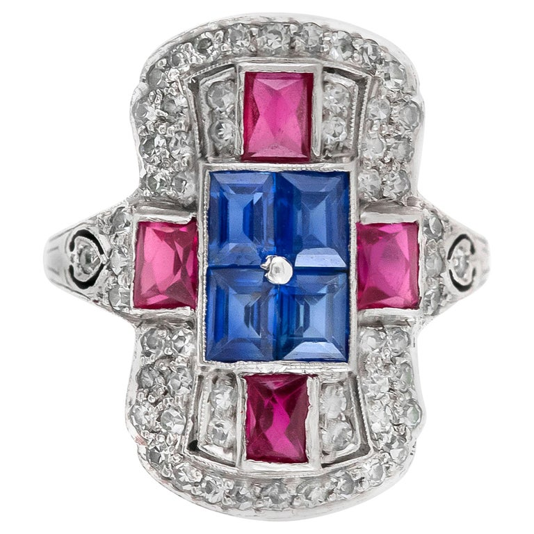 Diamonds Sapphire and Ruby Platinum Art Deco Ring For Sale