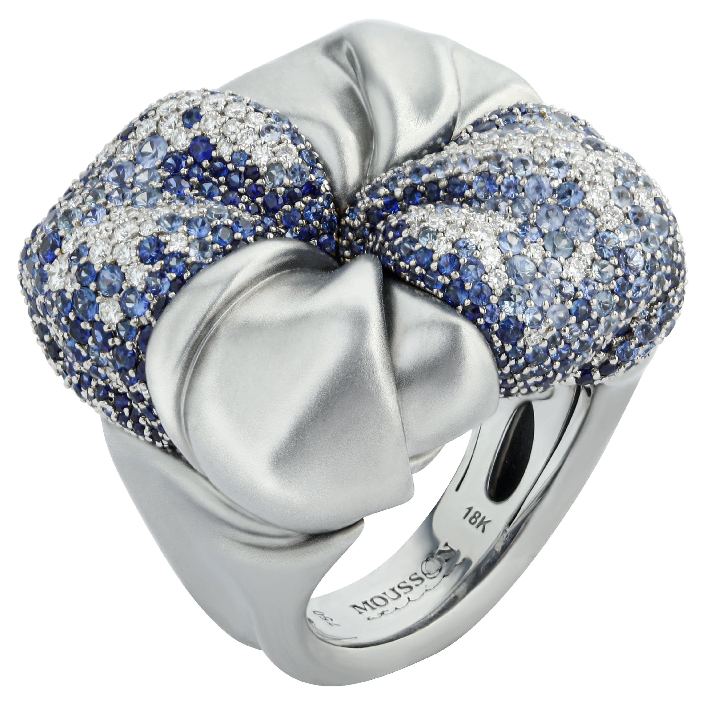 Diamonds Sapphires 18 Karat White Gold Ring