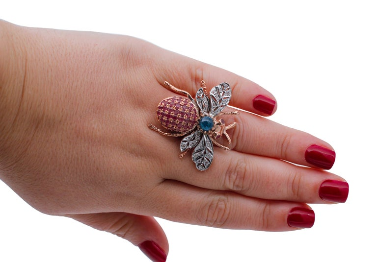 Diamonds, Sapphires, Rubies, 9 Karat Rose Gold and Silver Fly Shape Ring In New Condition For Sale In Marcianise, Caserta