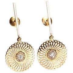 18 Karat  Yellow Gold Diamonds Sunflower Dangle  Drop Earrings