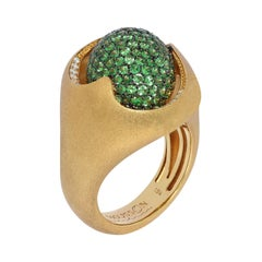 Diamonds Tsavorite 18 Karat Yellow Gold Sweet Ring