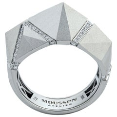 Diamonds White 18 Karat Matte Gold Geometry Small Ring