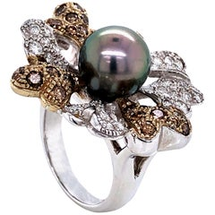 Diamonds White, Brown and Tahiti Pearl on White Gold 18 Karat Fashion Ring